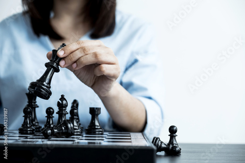 Fotomural hand move chess with strategy and tactic to win enemy, play battle on board game