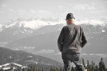 Old Man Overlooking White Moun...