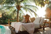 Enjoy Vacations In Luxury Hote...