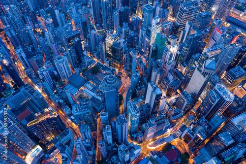 Cuadros en Lienzo Top view of Hong Kong city at evening