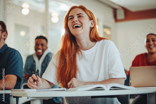 Stampa su Tela Student laughing during the lecture in class