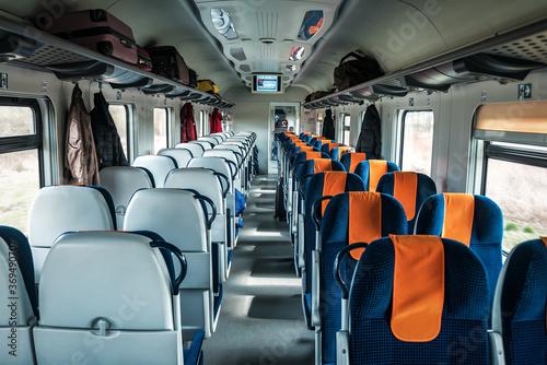 Fotografia interior of a fast passenger train