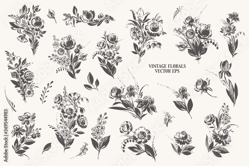 Hand drawn floral bouquetes with roses, dahlia, poppy, berries leaves in black ink Fototapet