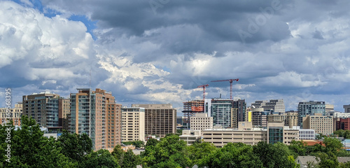 Fotomural Dramatic clouds cover Bethesda, Maryland after the passing of Hurricane Isaias, August 4, 2020