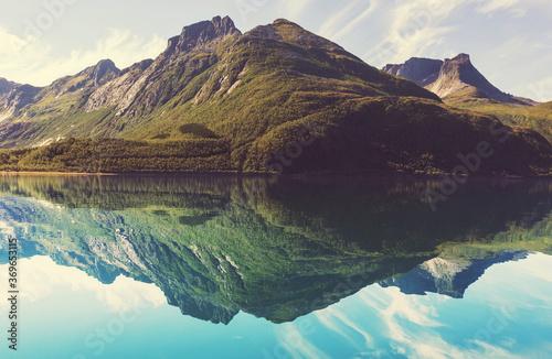 Obraz Lake in Norway - fototapety do salonu