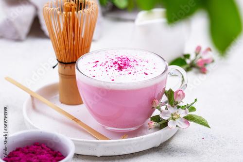 Obraz Pink matcha latte with milk - fototapety do salonu