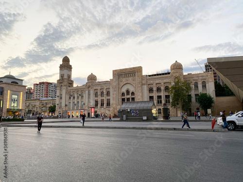 BAKU, AZERBAIJAN; 06 AUGUST 2020 фототапет