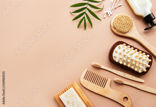 Photographie Zero waste natural cosmetics products on brown  background.