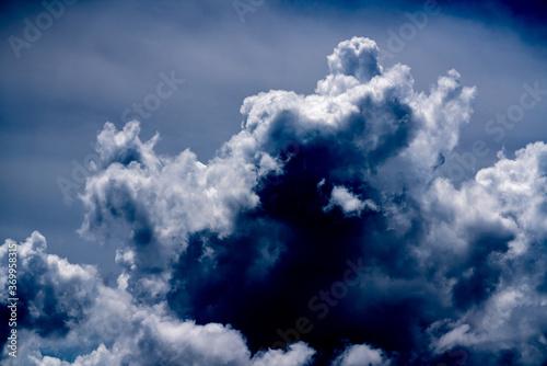 Evil dramatic sky clouds Fototapet