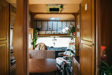 Lovely Motor Home Dining Area ...