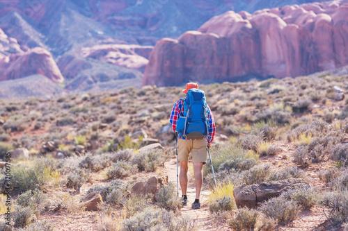 Obraz Hike in Utah - fototapety do salonu