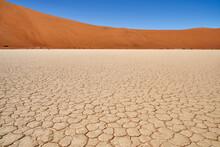 Désert De Namib, Deadvlei Ou ...