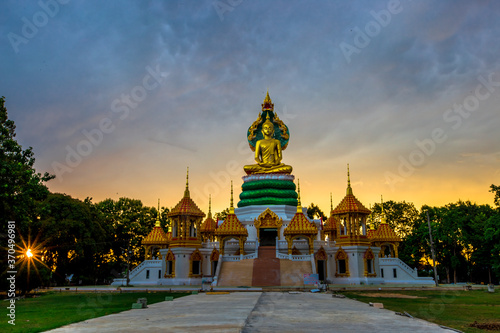 Valokuvatapetti background of one of the beautiful religious attractions in the Ubon Ratchathani