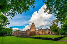 Perfect View Of Prasat Hin Pha...