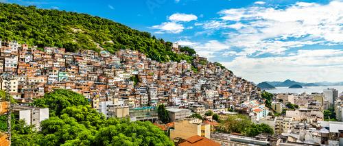 Favela Cantagalo in Rio de Janeiro - Brazil Fototapete
