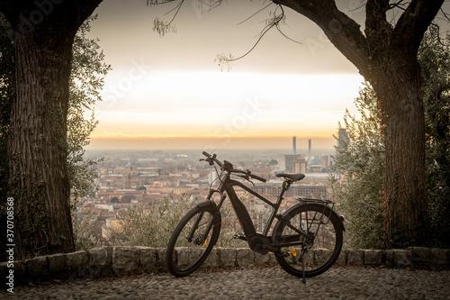 Ebike city, pedalata assistita da città Canvas Print