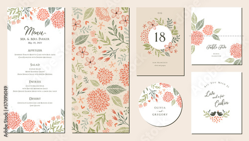 Fotografia Universal hand drawn floral menu suite in warm colors perfect for an autumn or summer wedding and birthday invitations, and baby shower