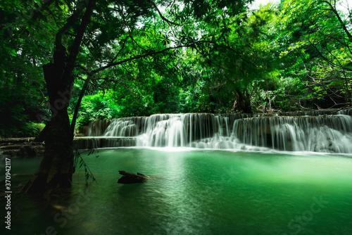 Fototapety, obrazy: Landscape of Huai Mae Khamin Waterfall in National Park, Kanchanaburi, Thailand