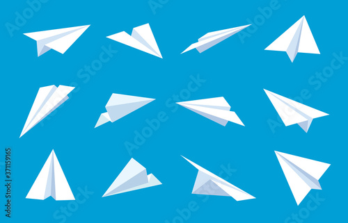 Obraz Paper plane. Flying planes in blue sky, white paper airplanes from different direction, message or traveling flat vector symbols. Paper plane in blue sky, sheet origami aircraft illustration - fototapety do salonu