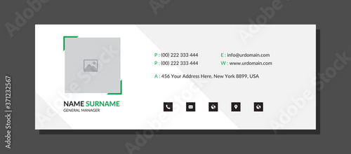 Obraz na plátně Clean Email signature Template with an author photo place modern and minimalist