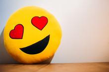 Emoji Enamorado, Sonriendo E I...