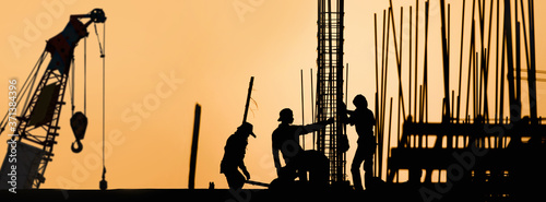 construction worker silhouette on the work place Canvas-taulu
