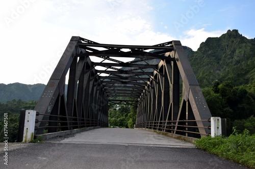 Photo Beautiful picture mattel bridge and road