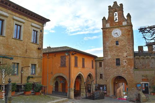 Ingresso alla rocca medievale di Gradara, Italia Poster Mural XXL