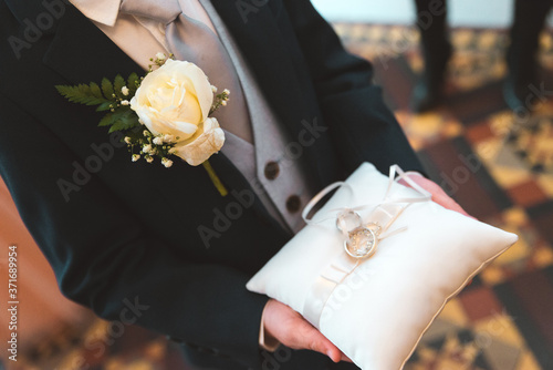 Photo Ring bearer Paige Boy Best Man Presenting Rings on Pillow Marriage