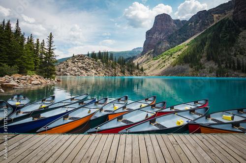 Fotografia Moraine Lake in Banff National Park, Alberta, Canada.