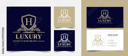Foto M initial letter Vintage Royal luxury logo design with visiting card stationery