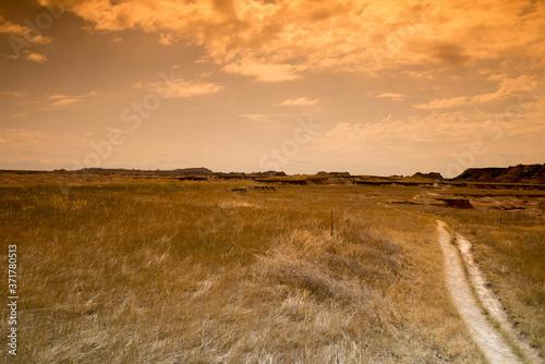 Obraz na plátne Mountains and desert landscapes in Badlands South Dakota