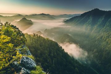 Obraz na Szkle Góry Wschód Słońca w Pieninach, na Sokolicy