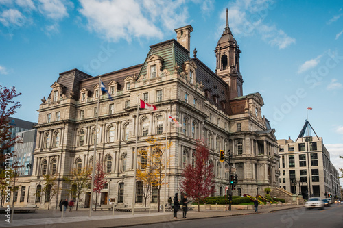 Fotomural Historical landmark Montreal City Hall during fall season in Montreal, Quebec, Canada