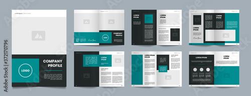 Fototapeta simple green company profile brochure design obraz