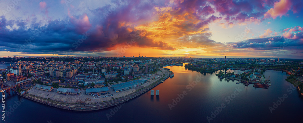 Fototapeta Sunset over Dnipro