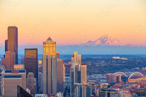 Fototapeta Seattle city downtown skyline cityscape in Washington State,  USA