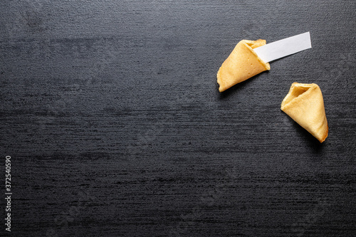 Chinese lucky cookies. Fortune cookies. Fotobehang