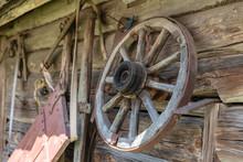 Old Wagon Wheel