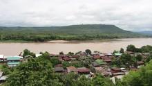 Mekong River Between Thai - Laos Pdr At Khongjiam Ubon Ratchathani Beautiful