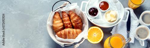 Obraz Healthy breakfast with freshly baked croissants - fototapety do salonu