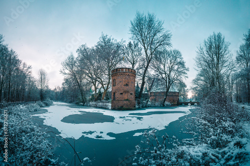 Photo Landschaft im Schnee bei Schloss Bladenhorst
