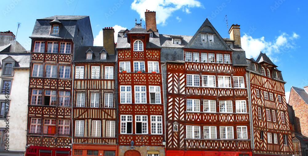 Fototapeta Rennes en France, Façades traditionnelles