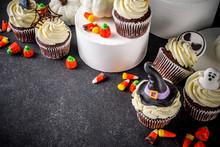 Sweet Halloween Cupcakes