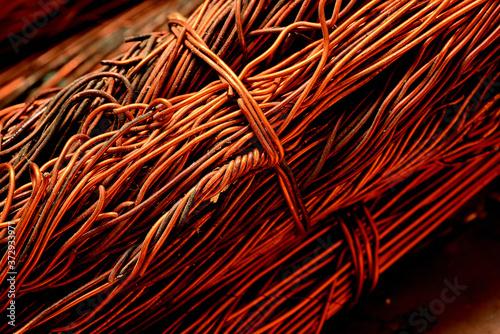 Fotografia Fios metálicos de cobre para reciclagem