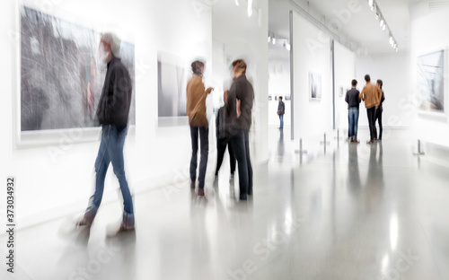 Obraz na plátně people in the art gallery center