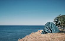 Rest On The Seashore, Legs Sti...