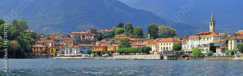 Fotografia Lago di Mergozzo in Italia, Lake of Mergozzo in Italy