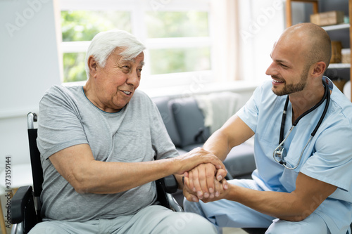 Leinwand Poster Health Care Patient Holding Hand