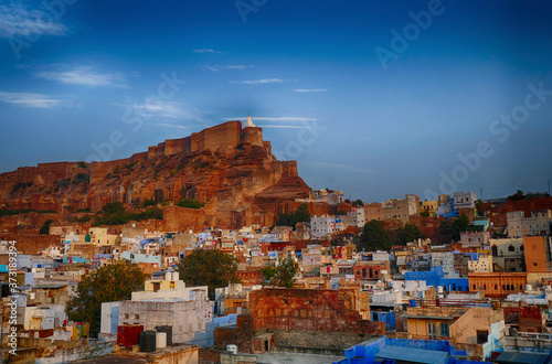 Mehrengarh Fort rises above  Jodhpur Canvas Print